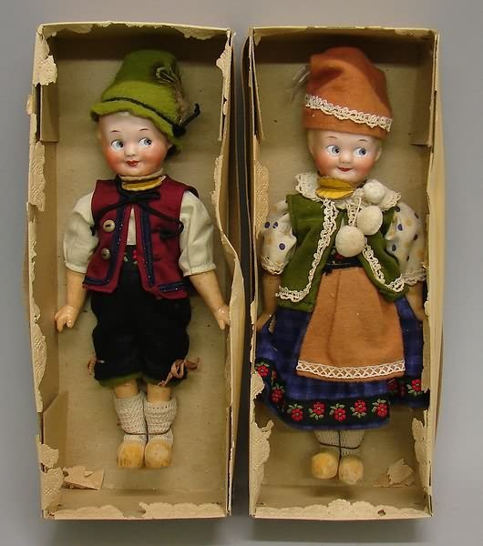 "7017: 2 - 8.5"" A.Marseille Googly 322/324 Dolls"