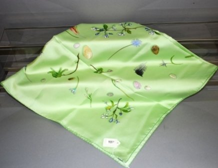 9002: Hermes 100% French Silk Scarf