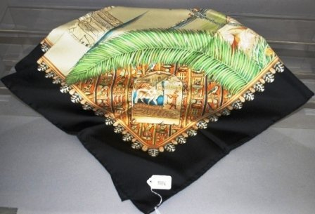 9004: Hermes 100% French Silk Scarf