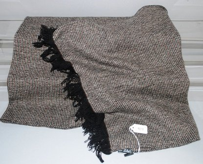 9010: Giorgio Armani 100% Cashmere Tweed Stole