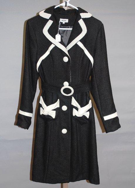 9204: Moschino Black/White Coat Dress, Size 6