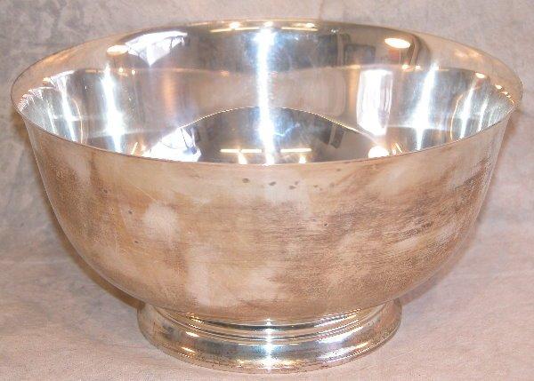 557: Sterling Silver Bowl.