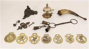 Hunt & Desk Items