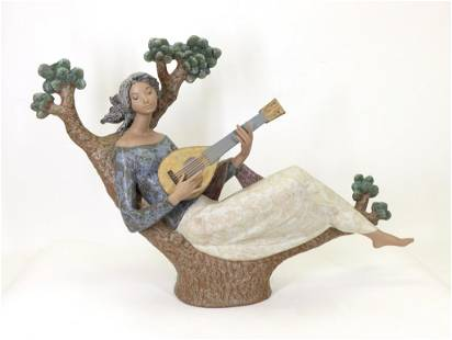 """Lladro """"Girl With Guitar"""""""
