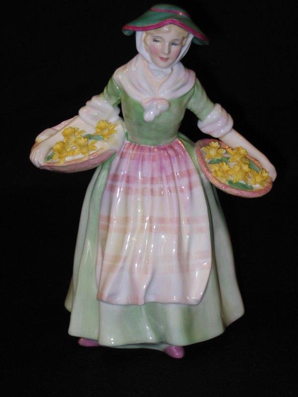 1017: Royal Doulton Figurine