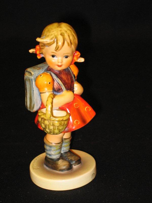 1023: Hummel Figurine