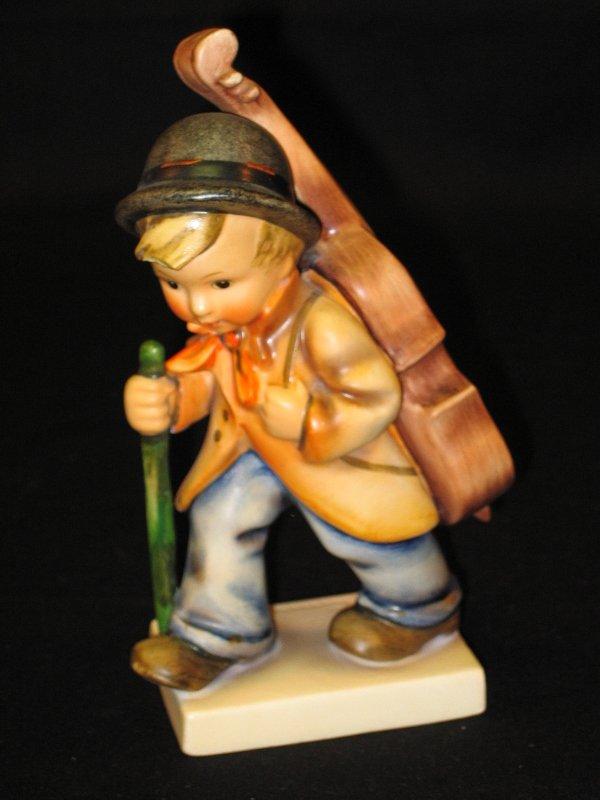 1024: Hummel Figurine