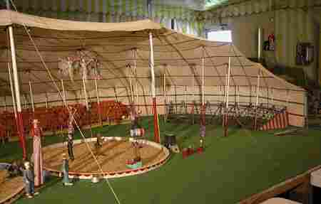 1102: Model Circus Lot.