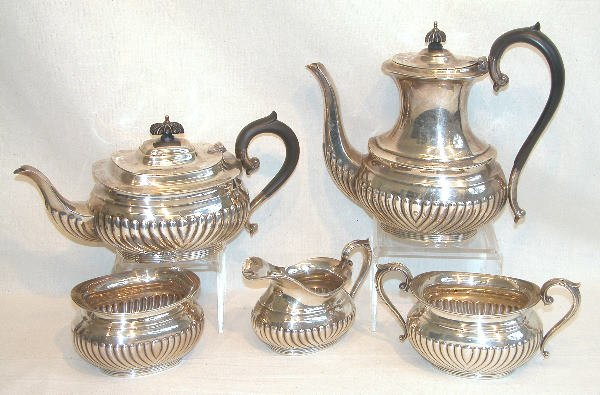 548: Sterling Silver Coffee and Tea Service.