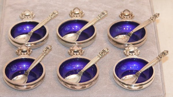 552: Six Georg Jensen Salt Cellars.