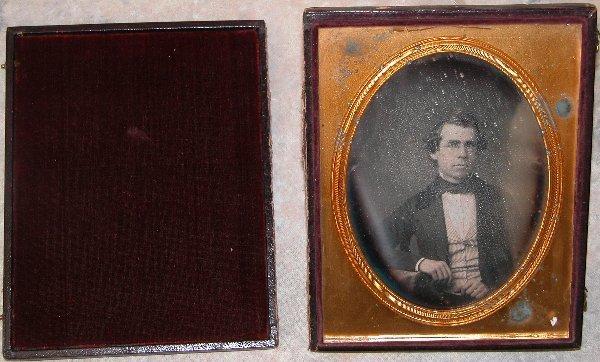 1: ½ Plate Daguerreotype of Gentleman.