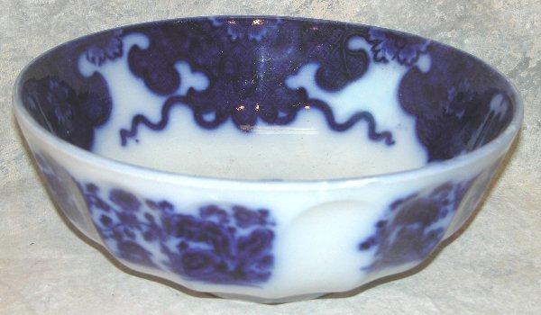 441: Flow Blue Punch Bowl – Cashmere.