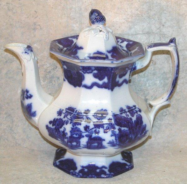 449: Flow Blue Teapot, Acorn Finial – Cashmer