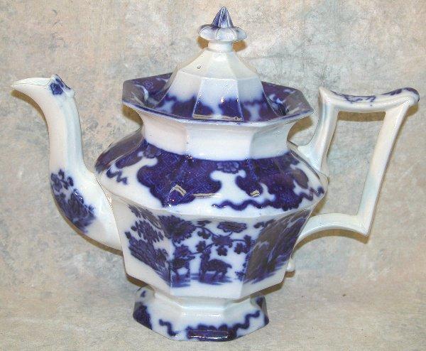 450: Flow Blue Teapot – Cashmere.