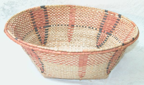 1575: Tribal Basket.
