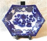 1719: Flow Blue Small Dish – Cashmere.
