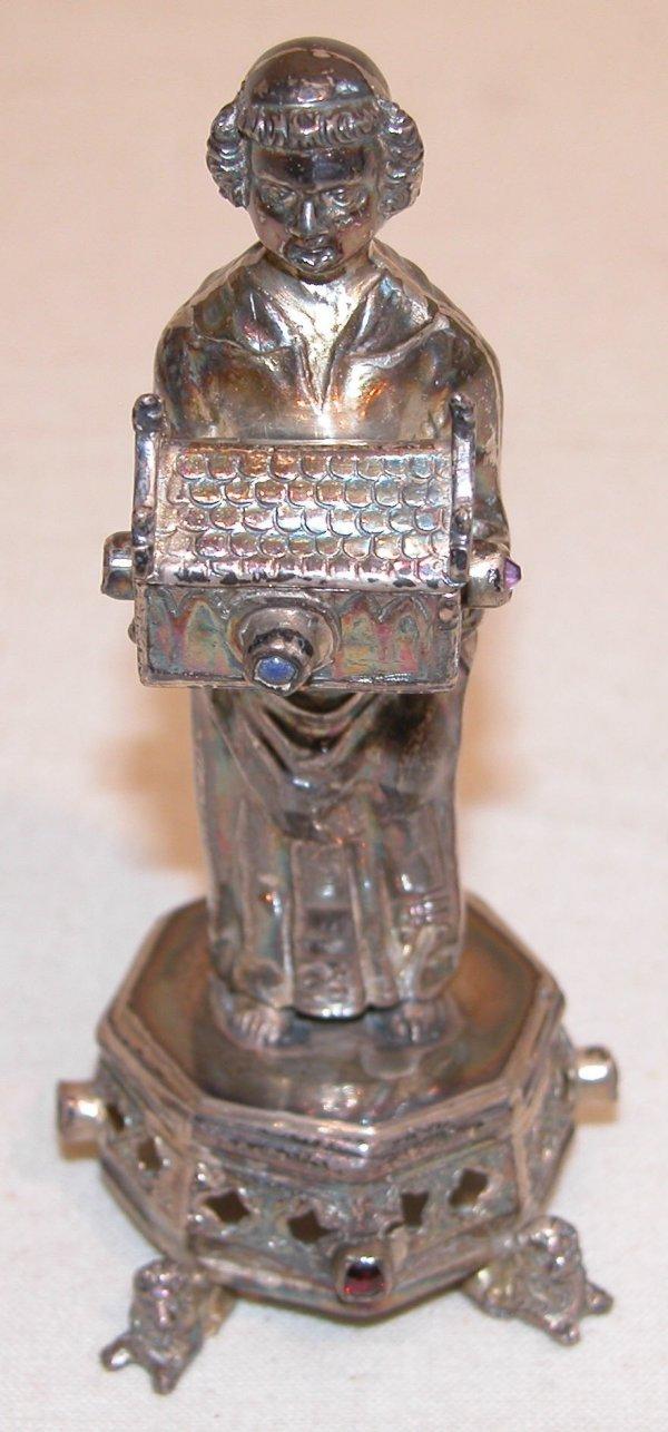 1020: Silver Figural Pillbox.