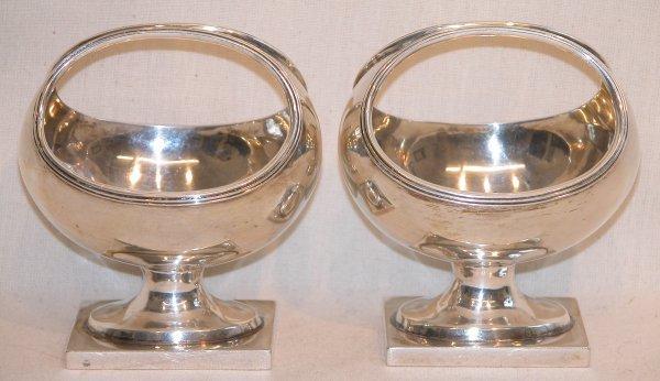 1028: English Silver Master Salts.