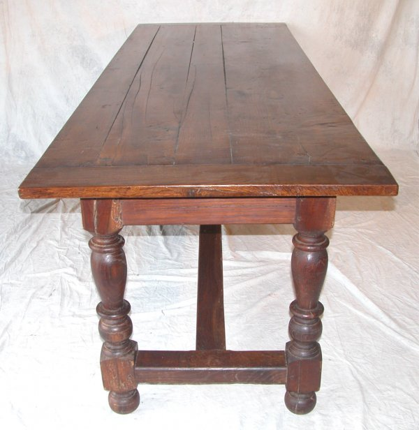 1452: Refractory Table.