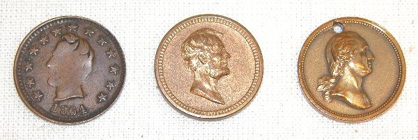 519: Grouping of Lincoln Medals/Tokens.