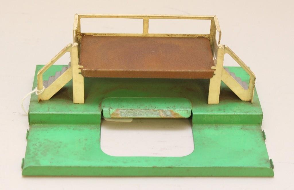 Lionel Milk Car Platform