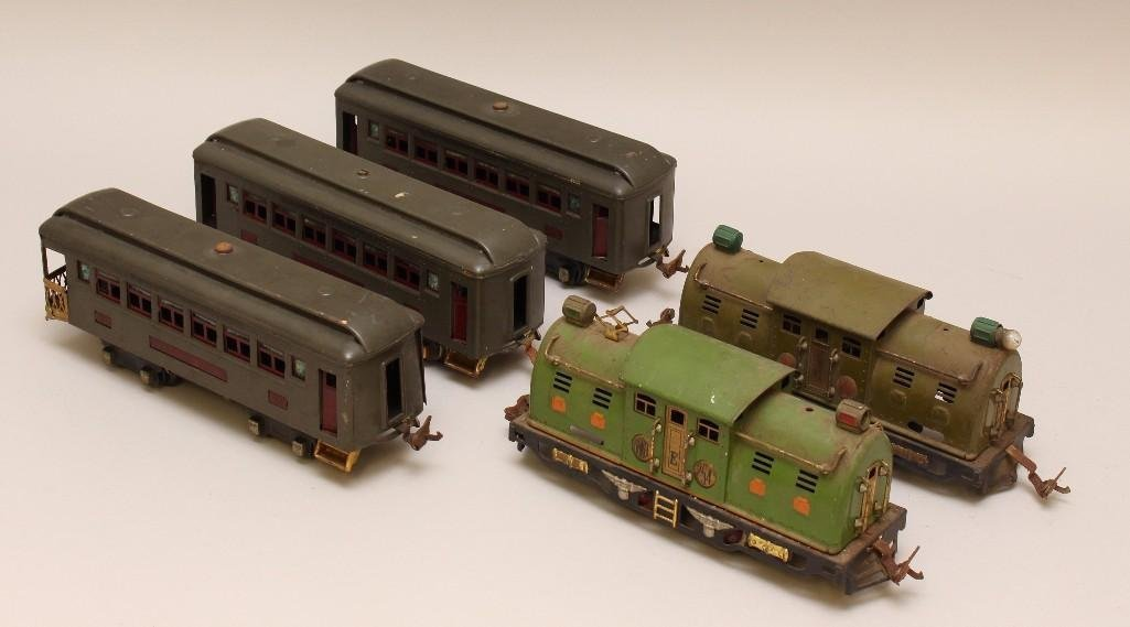 (5) Piece Lionel Train Grouping