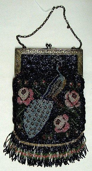 4016: Glass Beaded Purse - Pre-1920