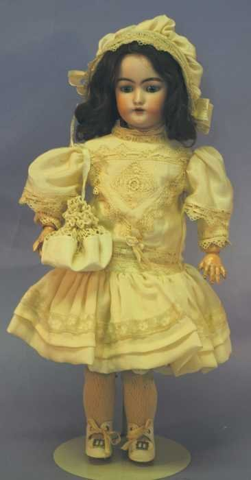 "7513: Antique Doll - 17"" 189-8 Germany"