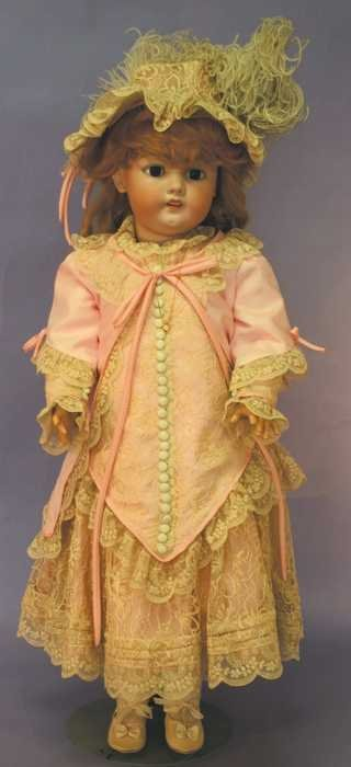 "7516: Antique Doll - 28"" S&H 1079 Germany DEP 14"