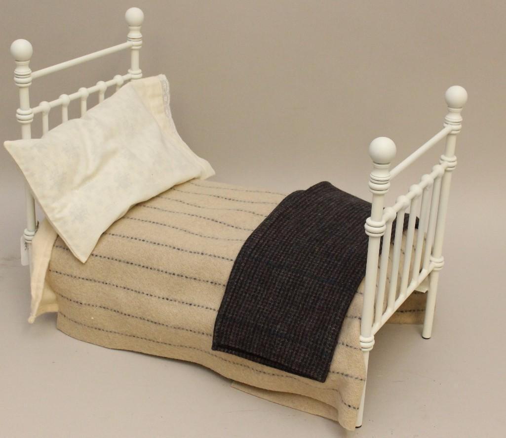"""MIB R. JOHN WRIGHT'S """"BEAR'S BED"""", 168/500."""