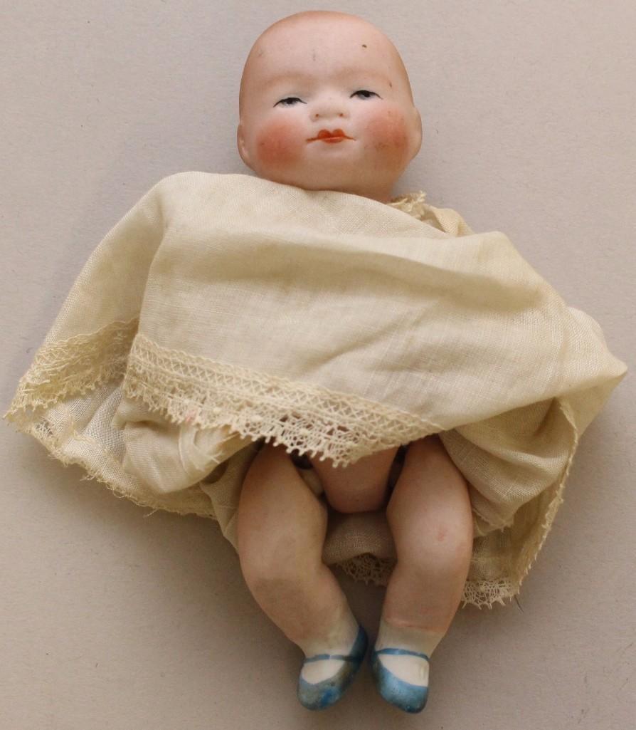 "LOT OF (6) ANTIQUE MINI BABY DOLLS INC. 4"" BYELO BABY - 2"