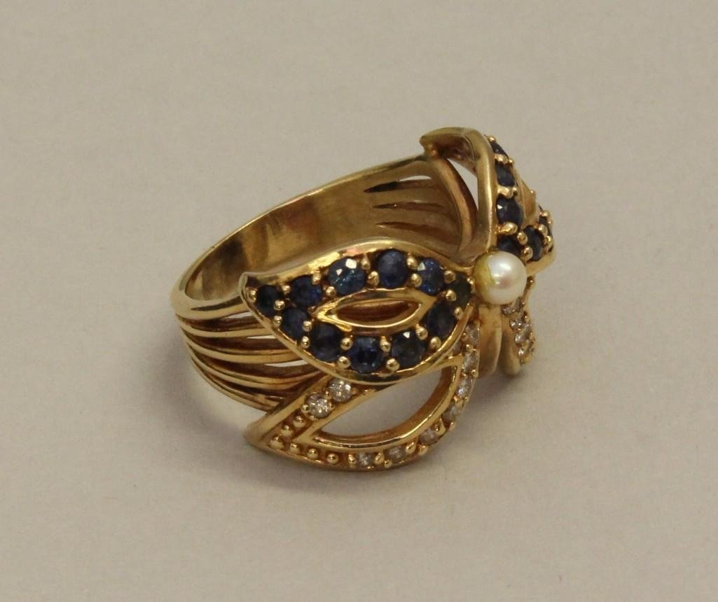 Gold Ring with Sapphire, Diamond and Pearl - 2