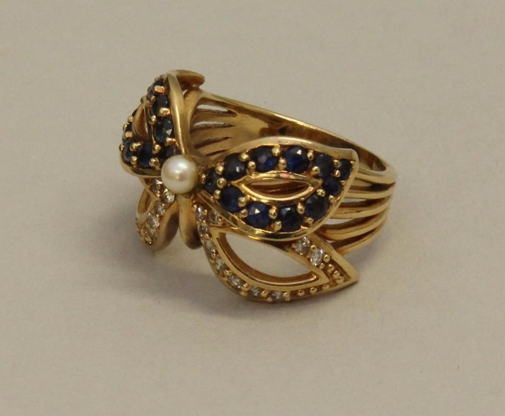 Gold Ring with Sapphire, Diamond and Pearl - 3