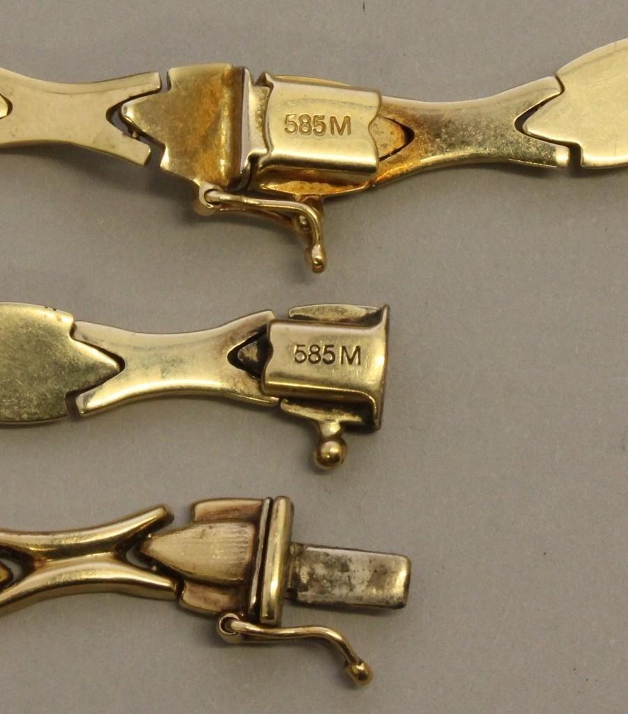 Gold Necklace and Bracelet Set - 2