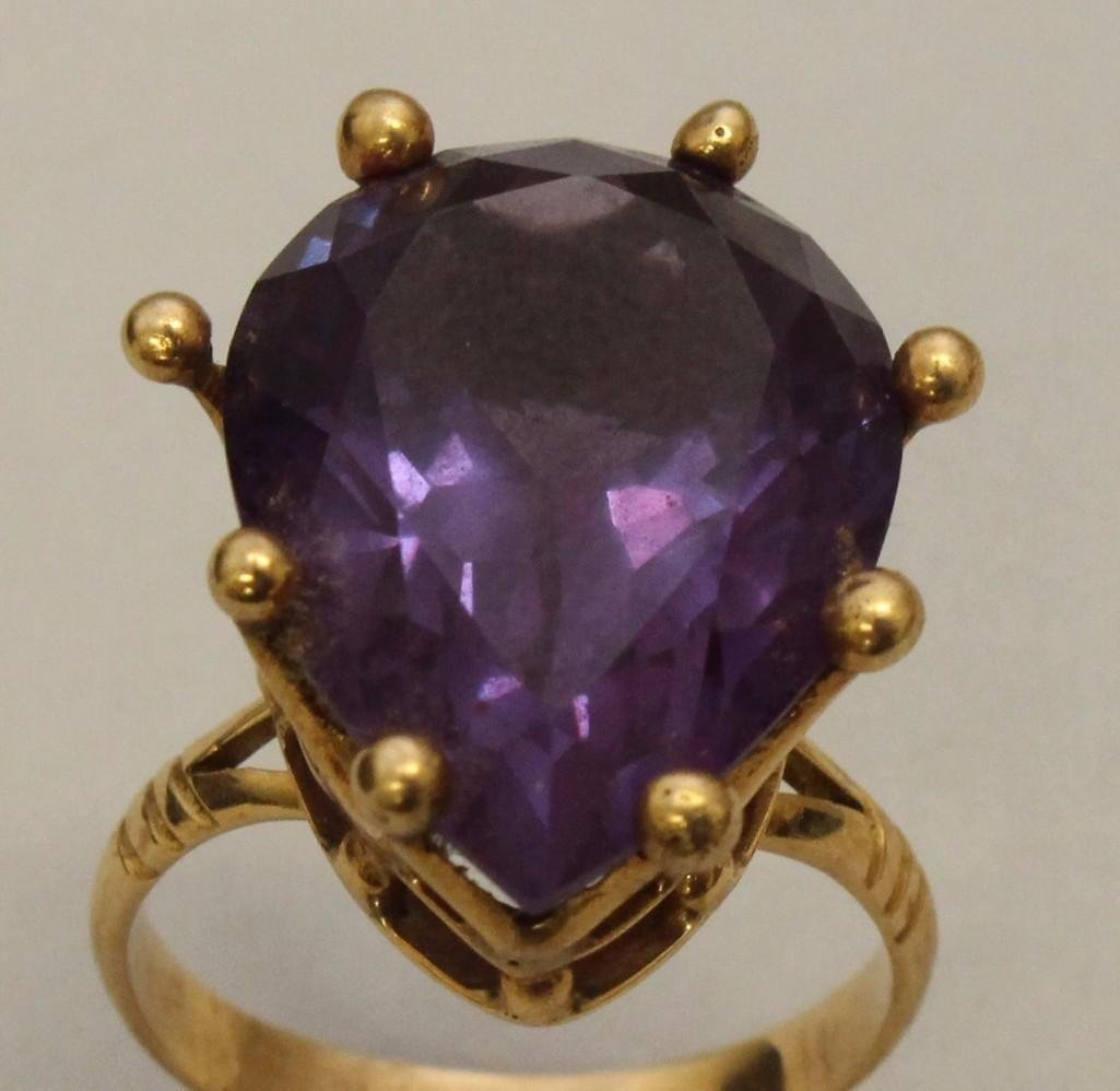Gold Ring with Amethyst - 2