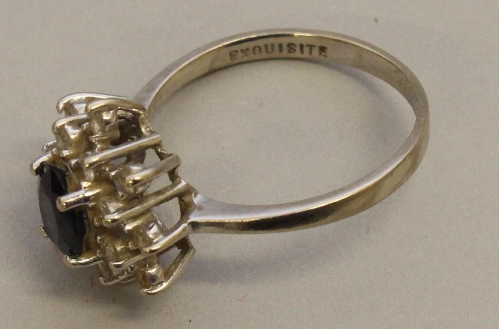 Gold Ring with Sapphire and Diamonds - 3