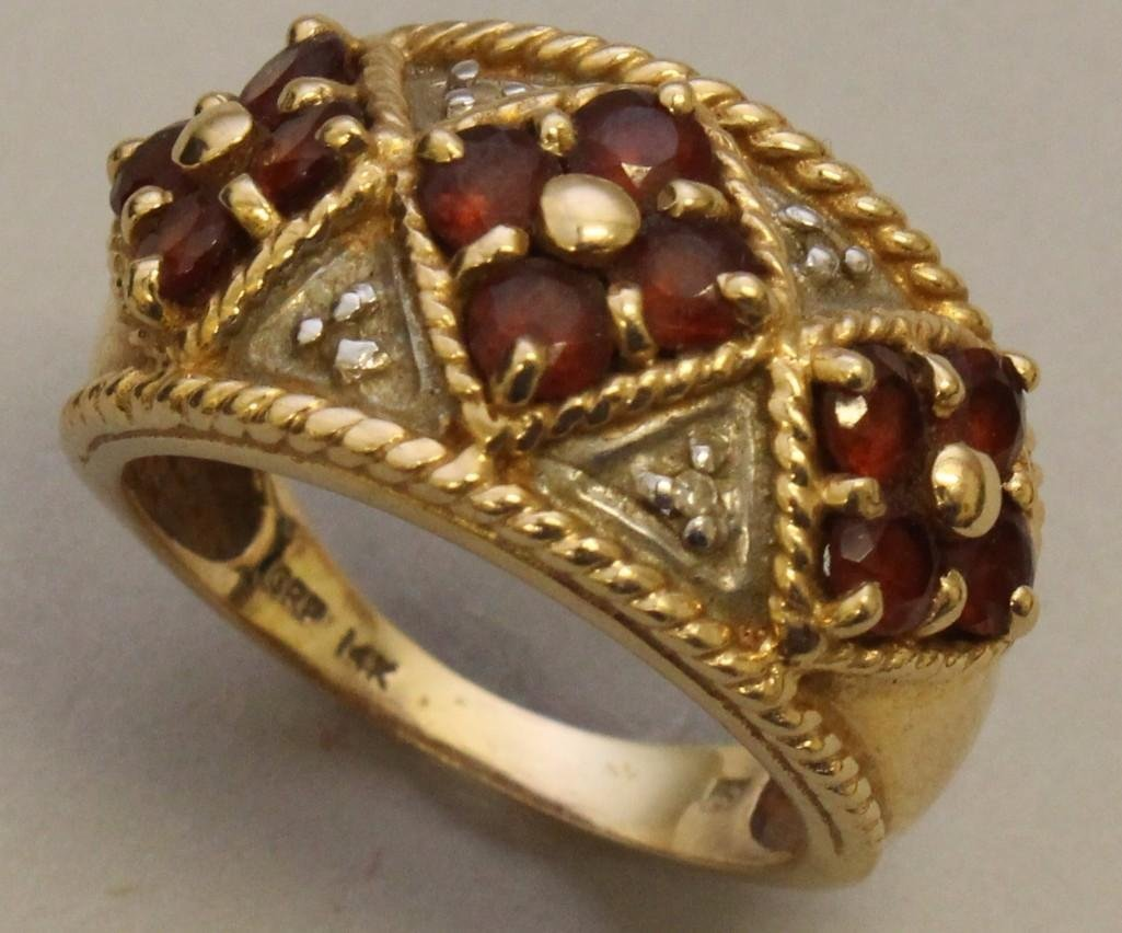 Gold Ring with Rubies and Diamonds - 3