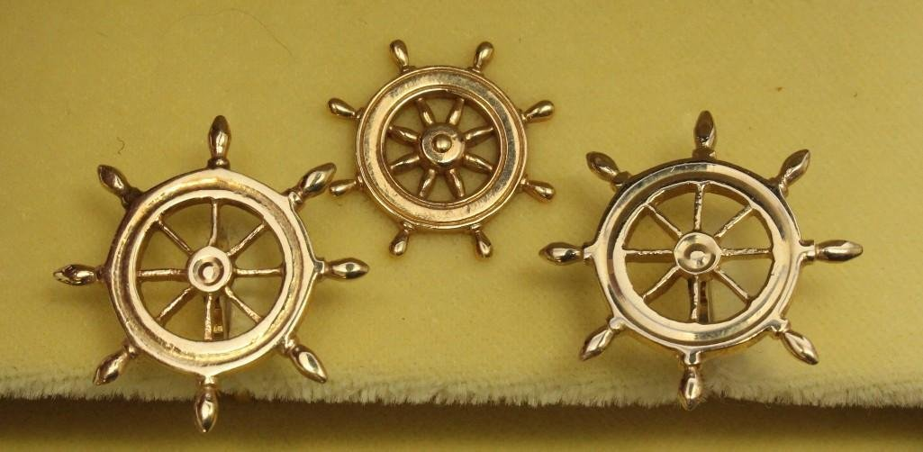 Gold Cufflinks and Tac Pin