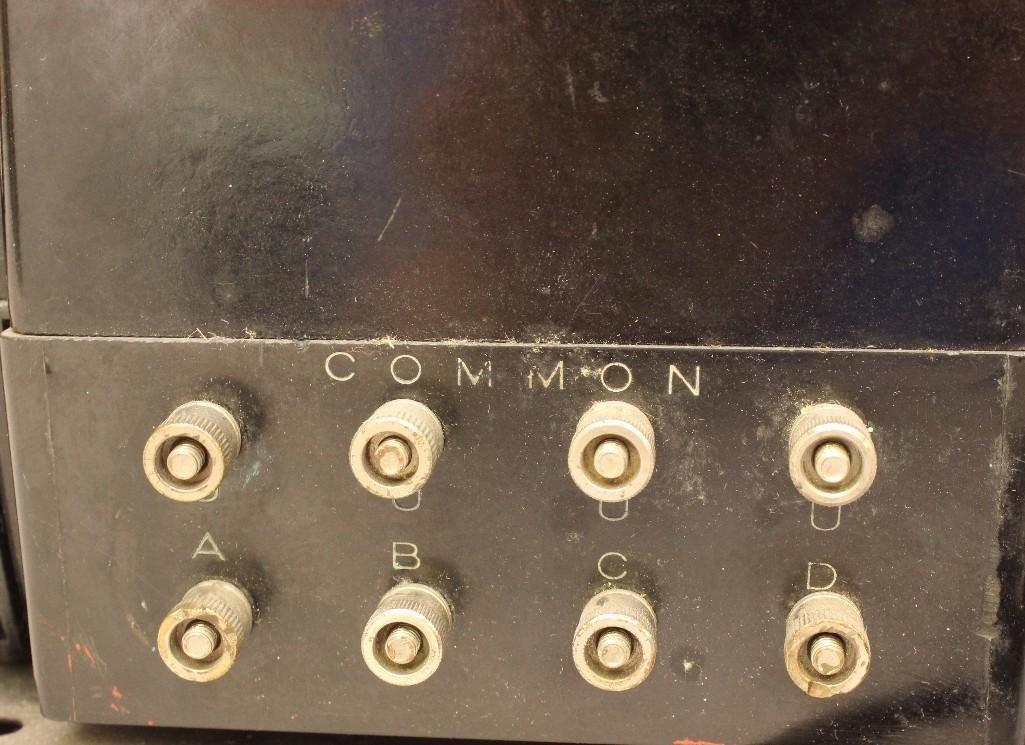 Lionel Multi-Control Transformer - 4