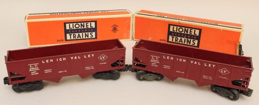 Lot of 2 Lionel Hopper Cars