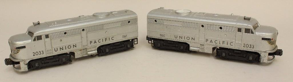 Lot of 2 Lionel Union Pacific Engines