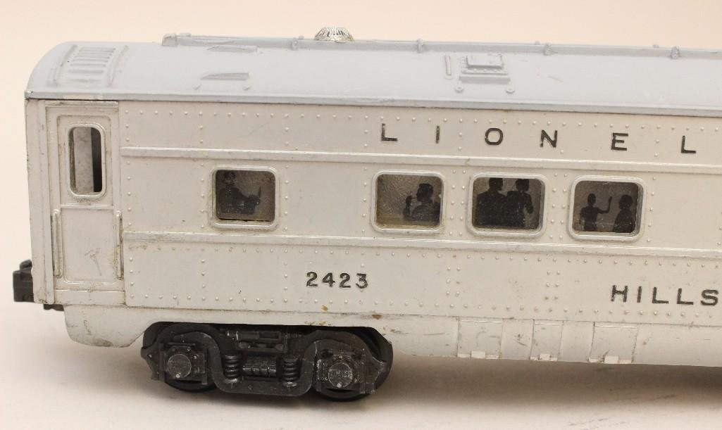 Lot of 4 Lionel Cars - 8