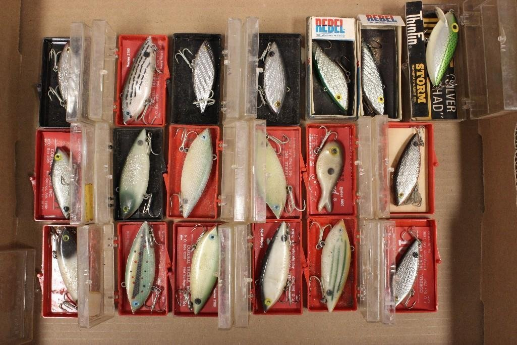(19) Crankbaits Inc., Cotton Cordells, Rebels, Garcias