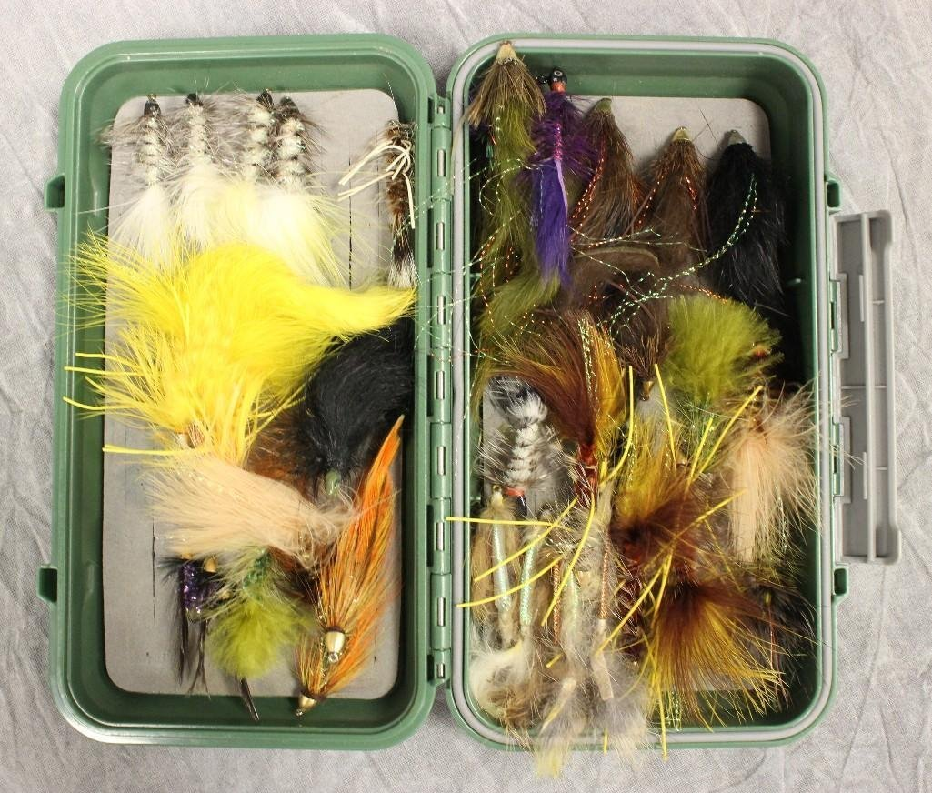 Orvis Plastic Case Various Flies - 3
