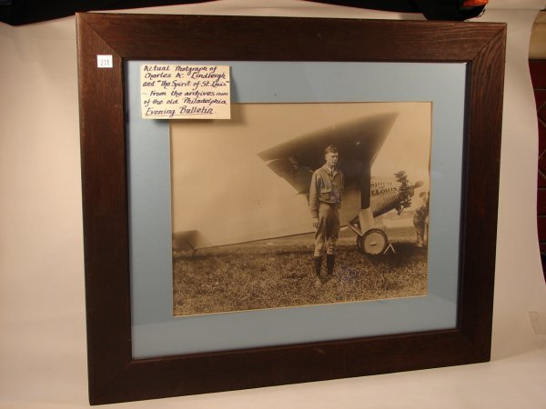 711: PHOTOGRAPH OF CHARLES LINDBERGH