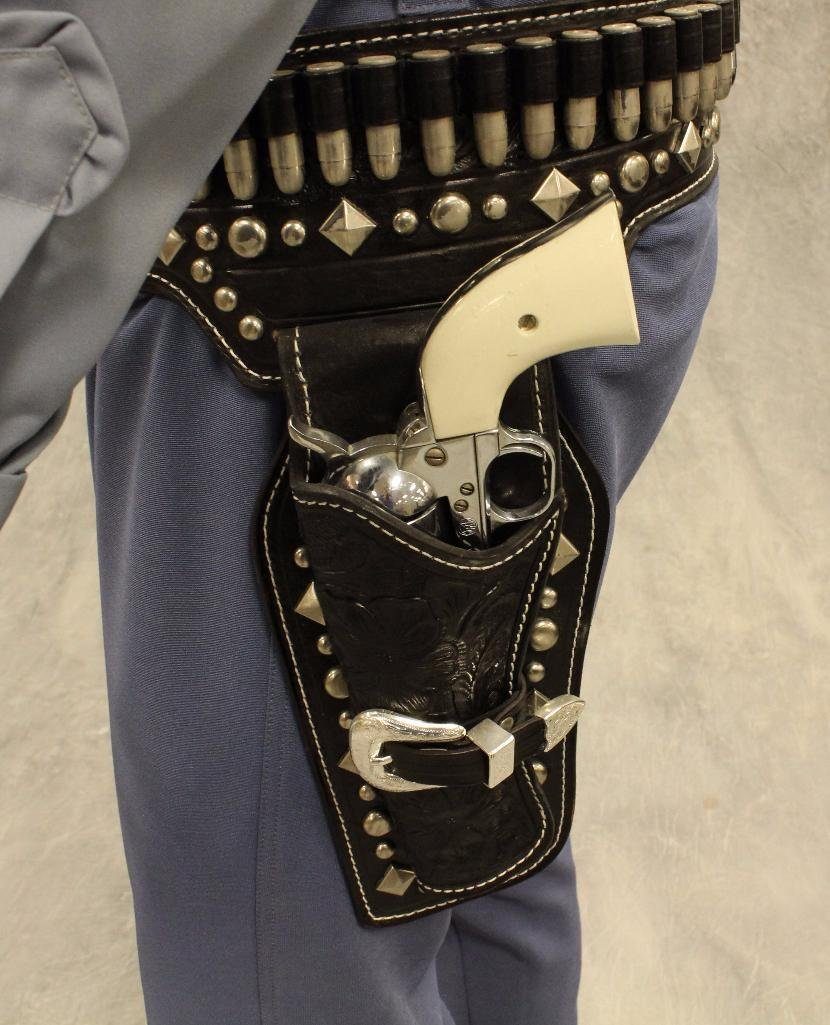 Lone Ranger Mannequin with Holster and Pistols - 5