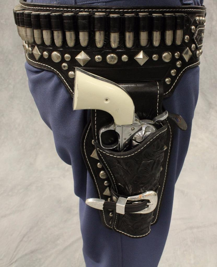 Lone Ranger Mannequin with Holster and Pistols - 6