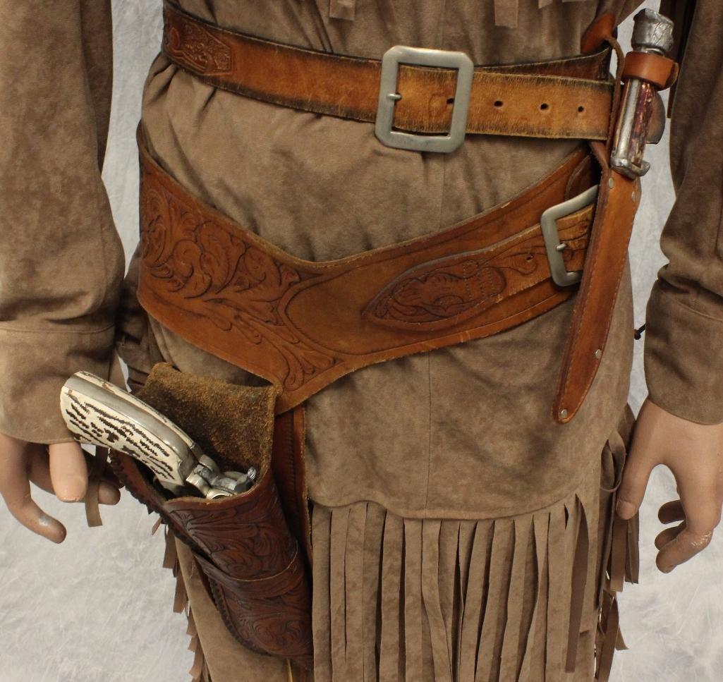 Tonto Mannequin with Replica Pistol - 4