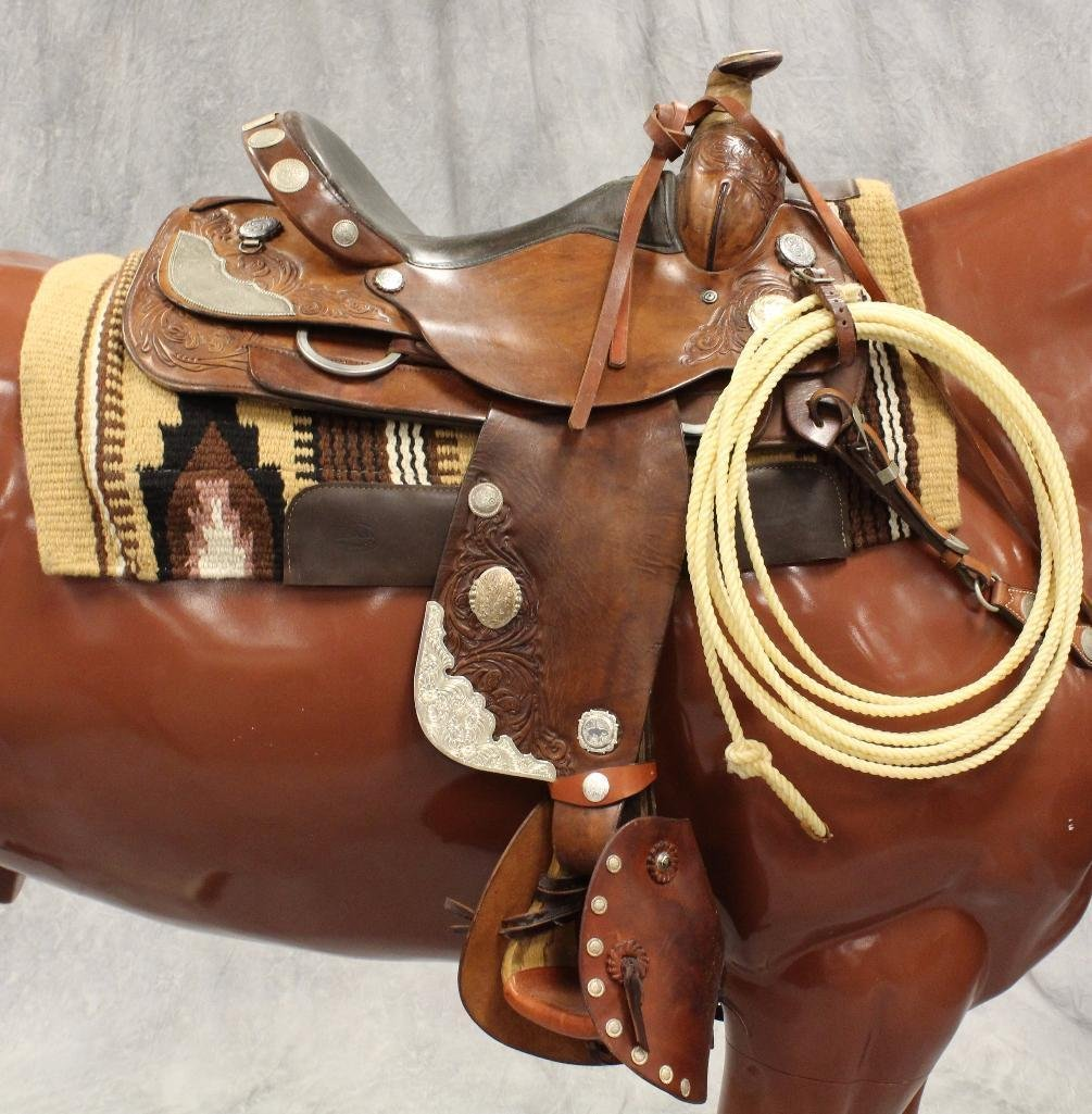 """Brown Circle Y Roping 16"""" Saddle - 2"""