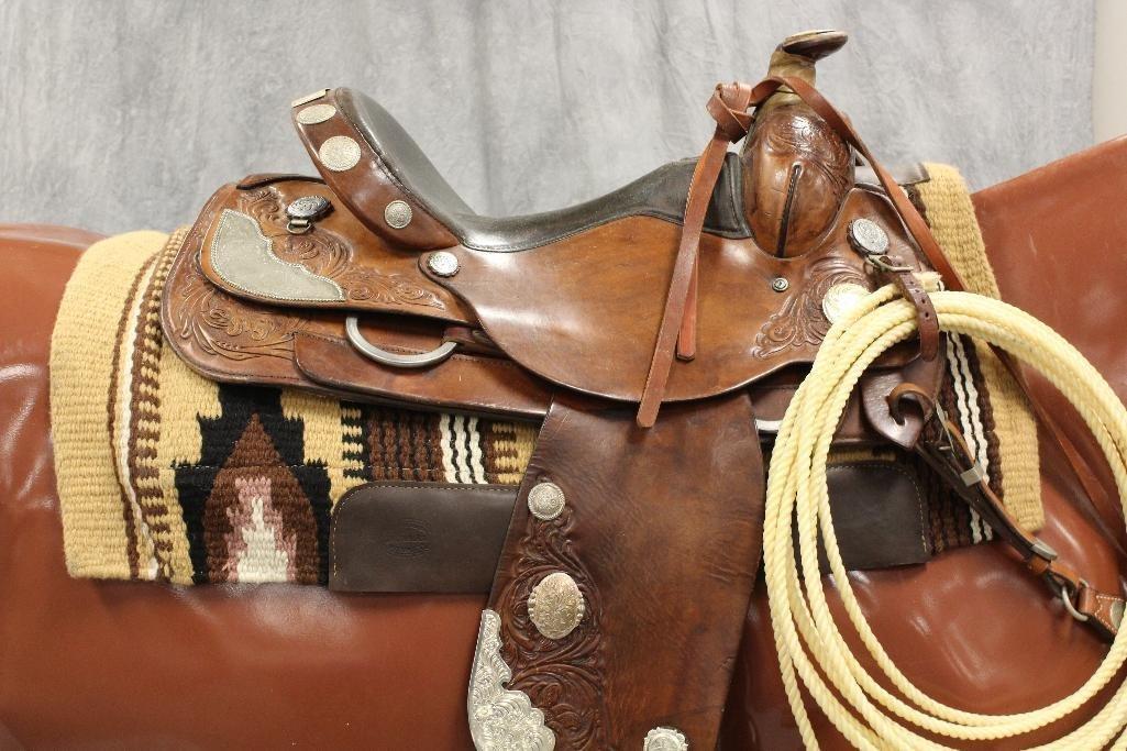 """Brown Circle Y Roping 16"""" Saddle - 3"""